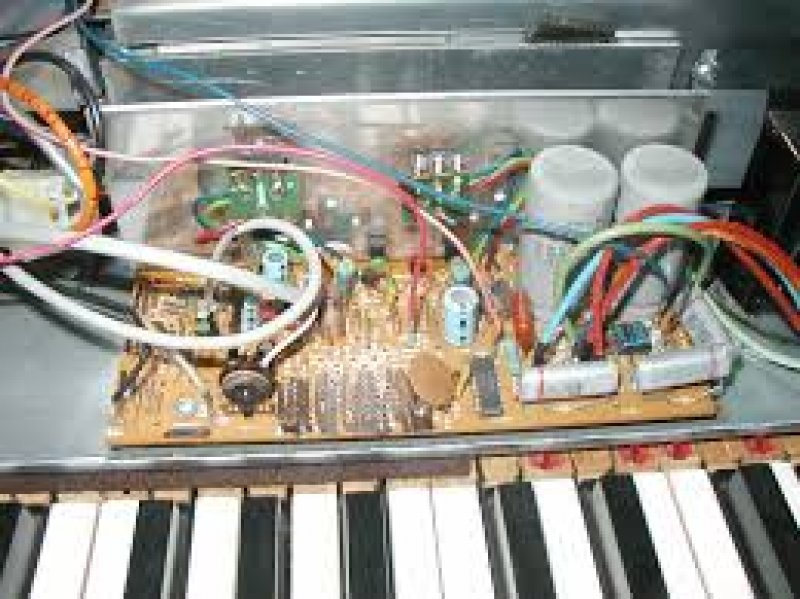 Wurlitzer 200A amp board for parts